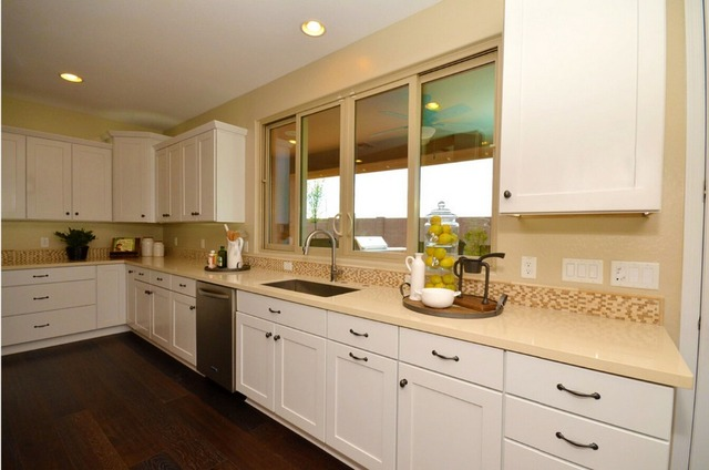 Moderne Hoogglans Keuken : Hot sales keukenkasten witte kleur moderne hoogglans lak