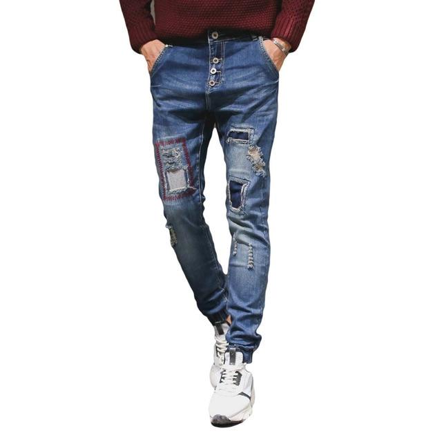Botones de Diseño de Los Hombres Denim Jeans Pantalones Rasgados Estilo  Parche azul Skinny Jeans Masculinos b5c82293e060
