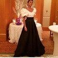 Largo Elegante Stain Una Línea de Blanco Y Negro Vestidos de Noche de Dubai Arabia Saudita Vestidos de La Celebridad Formal vestidos largos de noche
