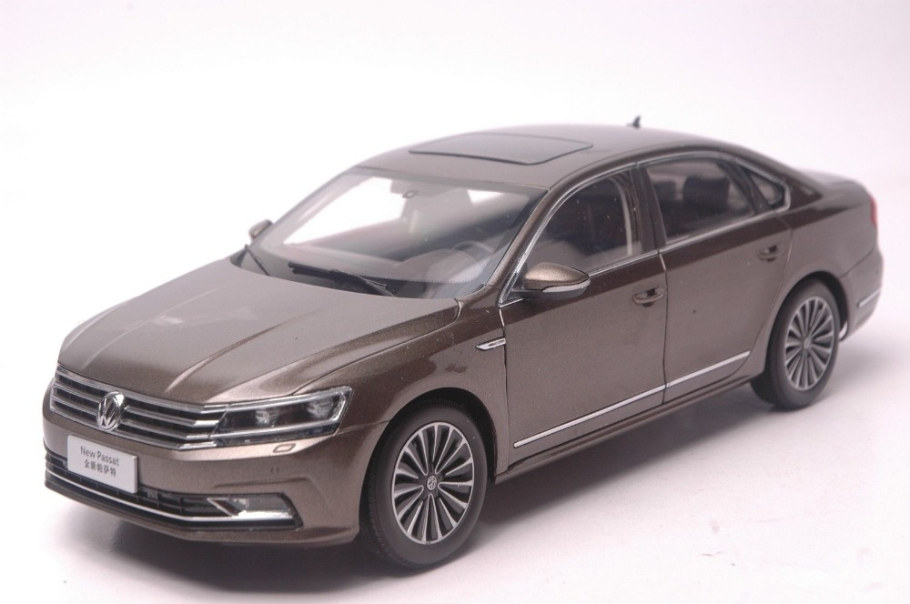 1:18 Diecast Model for Volkswagen VW Passat 2016 Brown Alloy Toy Car Collection Gifts volkswagen passat б у дешево