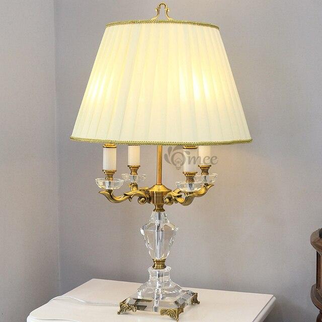 US $372.0 |Moderno 4 teste Tavolo di Cristallo di Lusso Lampada del Riparo  Europeo Illuminazione Camera Da Letto Caldo Paralume In Tessuto Albergo ...