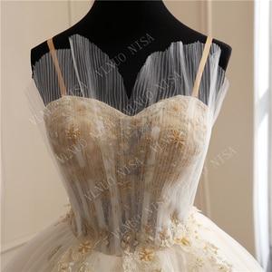 Image 5 - 8 層ファッションシンプルな白のウェディングドレスレースアップリケ真珠ビーズ格安 vestidos デ noiva ブライダルドレスボールガウン 65