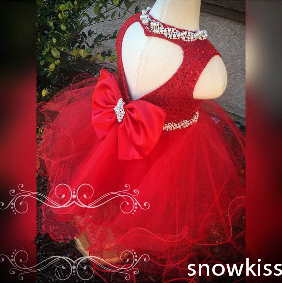 Beautiful red sequined flower girl dress with crystal bow attractive sparkly heart backless birthday pageant occasion ball gowns new white ivory nice spaghetti straps sequined knee length a line flower girl dress beautiful square collar birthday party gowns