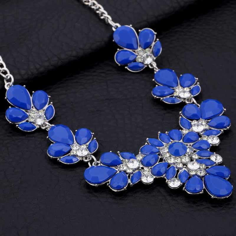 ZOSHI Colorful Rhinestone Flower Necklaces Women Fashion Crystal Jewelry Charm Silver Chain Choker Statement Bib Collar Necklace