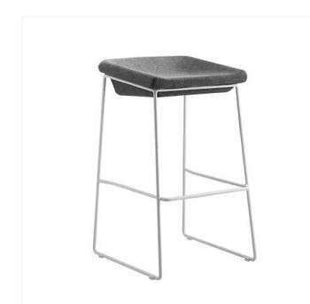 Nordic bar chair modern simple household iron art industrial style coffee restaurant mobile phone shop stool bar stool leisure creative solid wood seat bar stool simple style household multi function dining chair coffee shop stable iron high stool