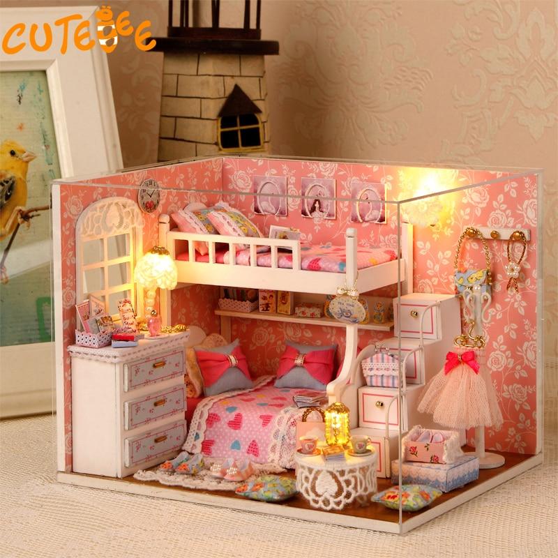 Handgjorda Doll House Möbler Miniatura Diy Doll House Miniatyr Dollhouse Träleksaker För Barn Grownups Födelsedagspresent H06