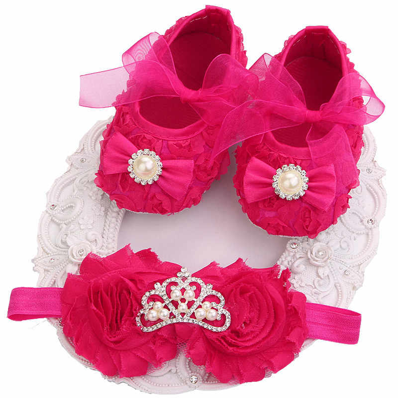 Newborn Baby Girl Shoes Soft Sole Crown Baby Shoes First Walkers Infantil Baby Schoentjes Fabric Baby Booties Kids Shoes L1012