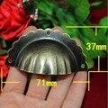 3 buraco rendilhado concha de bronze antigo Copo Puxe gaveta knob bronze puxadores Para Móveis Gabinete Pull Handle Vintage UnfoldInstall puxar