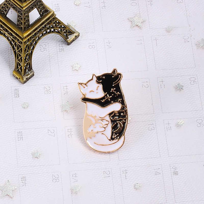 แฟชั่น Black Dark สัตว์เข็มกลัด Pins น่ารักกอดแมว Eagle Lapel pin เคลือบป้ายแจ็คเก็ตค้างคาวเครื่องประดับเด็กอุปกรณ์เสริม