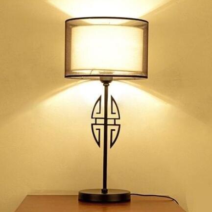 Проект Настольные лампы построить современный минималистский отель спальня ночники черный гладить исследование Новый китайский стиль оте...