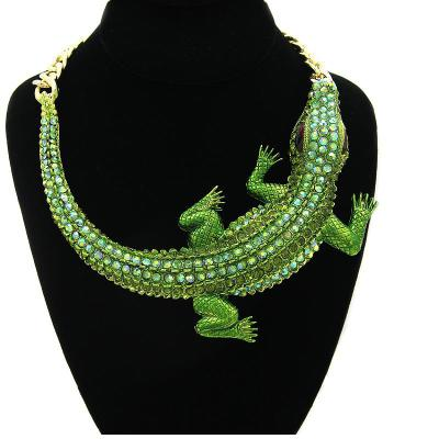 Hot Sale Alligator Exaggerated Punk Style New Alligator Handmade Jewelry Green Color Pendant Necklace Jewelry Halloween Gift
