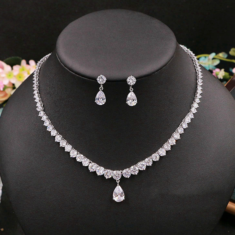 Cubic Zirconia Retro Water Drop Crystal Bridal Necklace Pendant Jewelry Rhinestones Wedding Girls Accessories For Women artificial crystal geometric water drop necklace