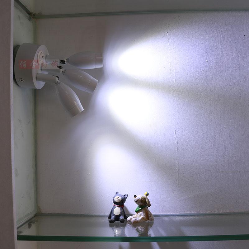 Projecteur charge affichage éclairage LED pour placard sans fil non électrique lampe double tête lampe mariage lumière spot lampe peut être déplacé ZH SD86