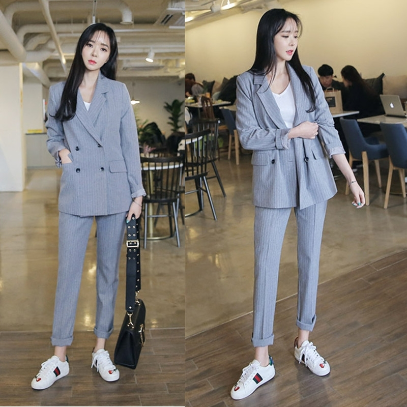New Spring Fashion Temperament Casual Striped Small Suit Jacket Feet Pants Suit Female