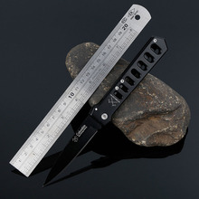 The wild wilderness survival knife self-defense carry fruit knife knife folding knife outdoor small sharp cutter