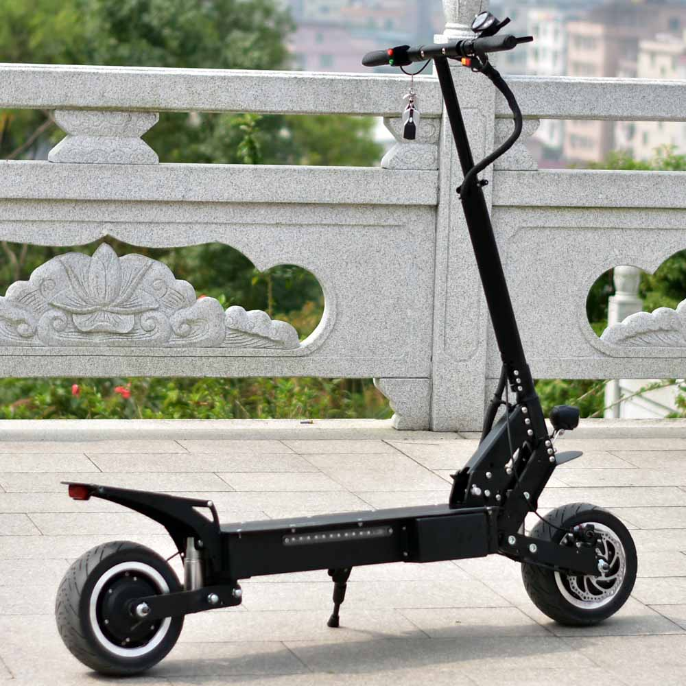 Fat tire Korea style 3600W Motor Super Powerful Electric Adult Scooter Speed 85km/h 11inch city or off road tire