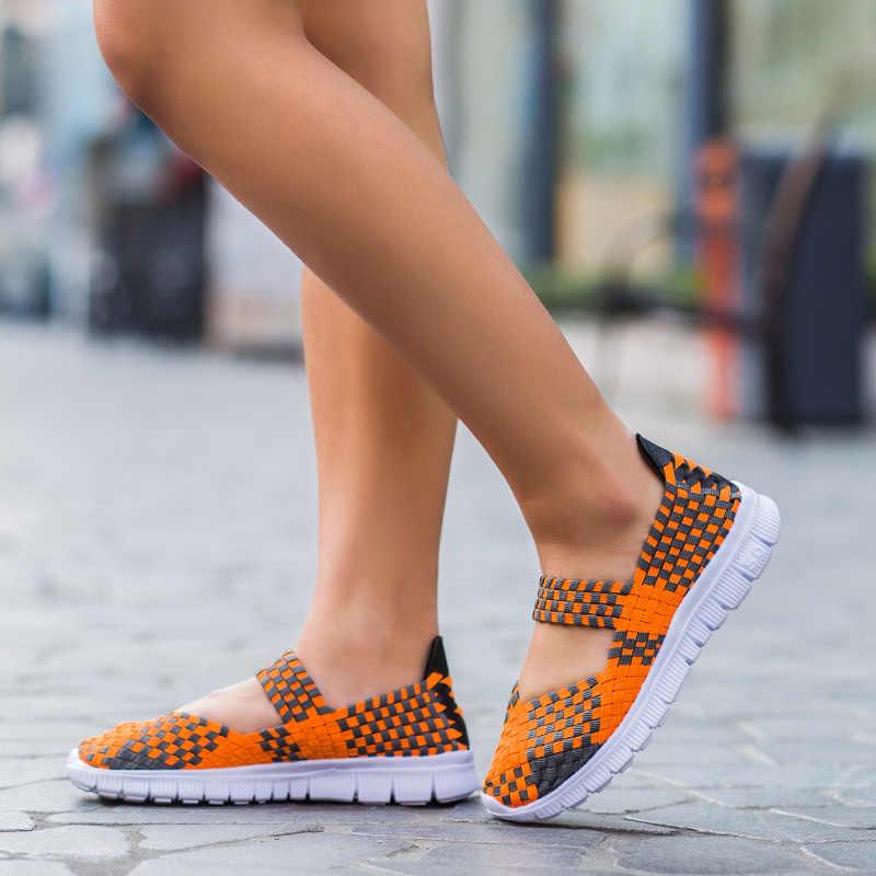 夏の女性の通気性ウォーキングランニングスポーツ女性織布靴アンチスリップ手作り織りライトフラ母ギフト靴ビッグサイズ
