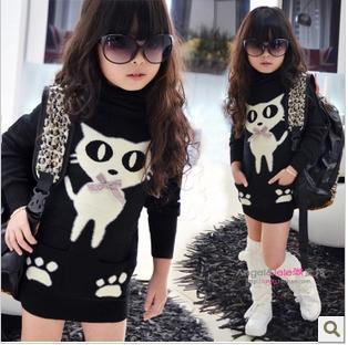 O envio gratuito de modelos de inverno meninas das crianças além de veludo gola alta assentamento crianças camisola longo parágrafo crianças clothing
