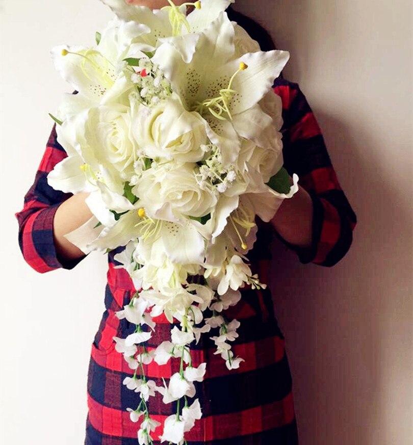 fb8197924b02c شلال العروس باقة بوكيه ورد صناعي زنبق ستارية كرمة الزفاف وصيفات الشرف باقات
