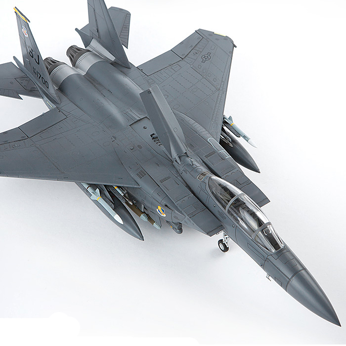 1/72 F15-E Attack Eagle Combat Bomber Assembly Model 12550 image
