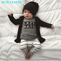 Лидер медведь 2016 Весной Детские Мальчиков Одежда Устанавливает Хлопка С Длинными рукавами Письмо футболка + Брюки Новорожденных Девочки Одежда Наборы