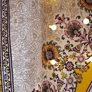 Image 3 - פרחוני מדליון שטיח זהב הודי ראש המיטה קיר תליית בית תפאורה המנדלה שטיח שמיימי מקרמה קיר תליית דקור