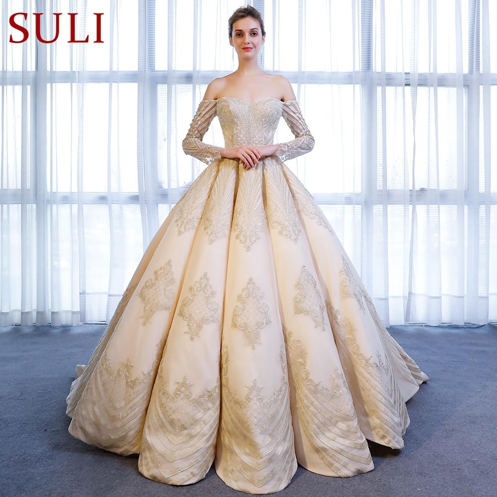 SL-9027 Elegant Boat Neck Gold Lace Applique Long Sleeve Ball Gown Wedding Dress 2018