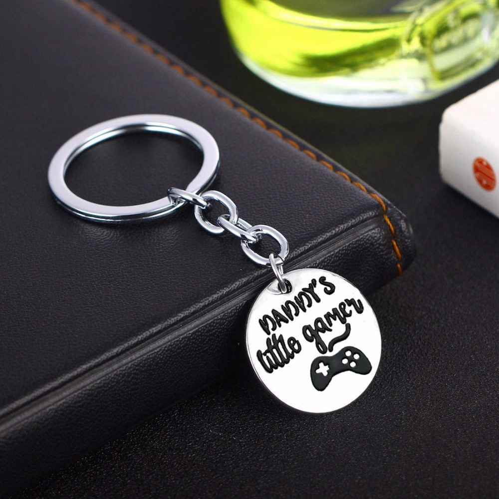 Fathers Day Gifts Daddys Little Games Charms Keychain Family Love Keyring Dad Fathers Key Chain Ring Holder Jewelry Presents
