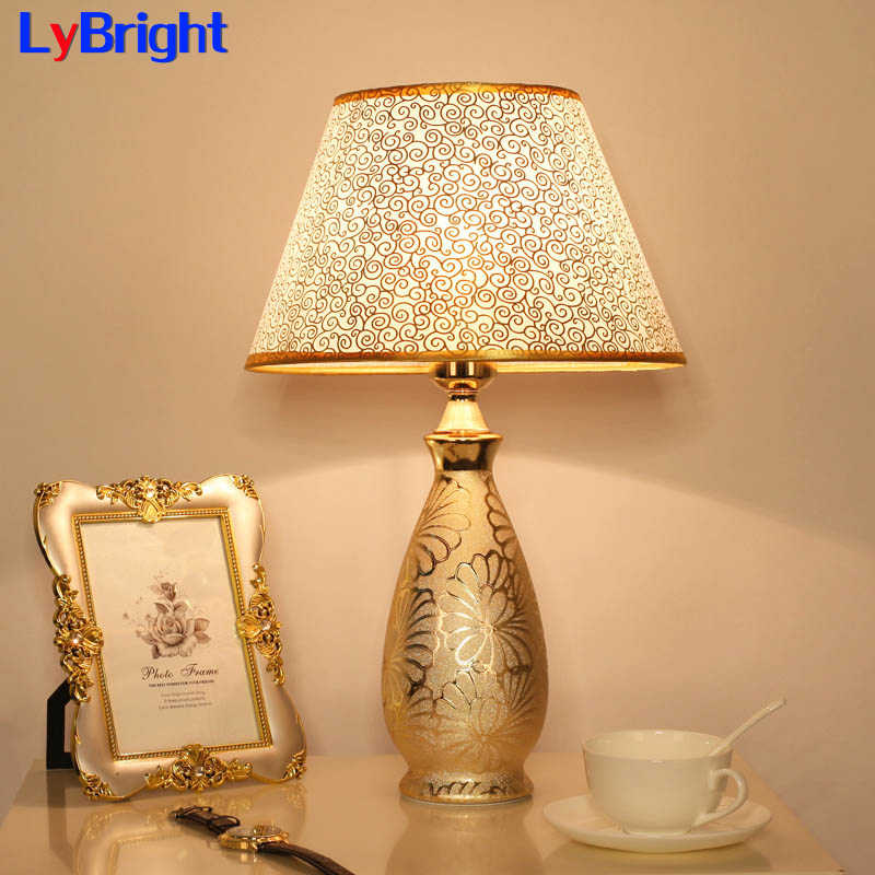Modern European Bedroom Table Lamp AC 90-260V Creative Fashion Romantic Table Light For Living Room Bedside Study Room Foyer