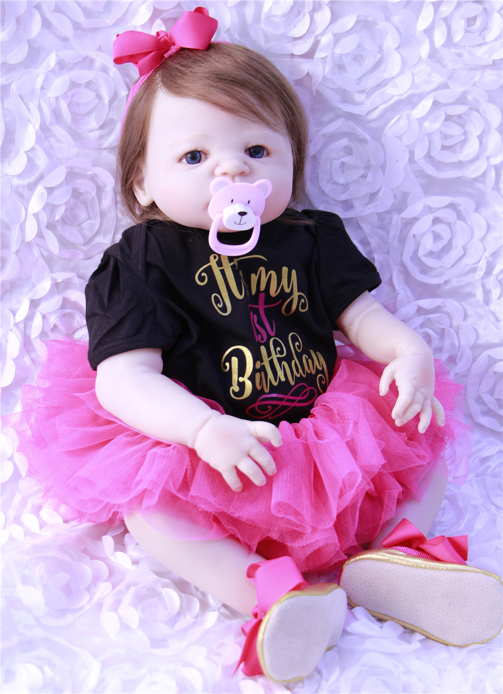 Super real full  silicone dolls reborn baby 23 lifelike newborn princess girl Reborn menina boneca can bathe toy doll giftSuper real full  silicone dolls reborn baby 23 lifelike newborn princess girl Reborn menina boneca can bathe toy doll gift