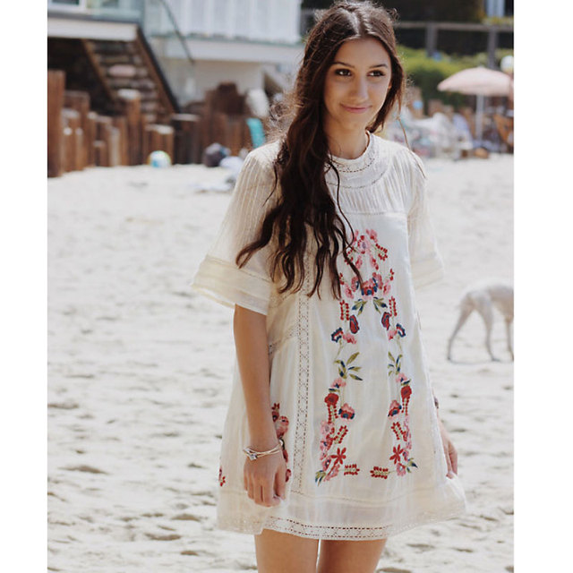 aa41527ecd5c Bohemia Women Embroidery Dresses Vintage 80's Floral Embroidered Hollow Out  Lace Patchwork Short Sleeve Dress Holiday Fashion