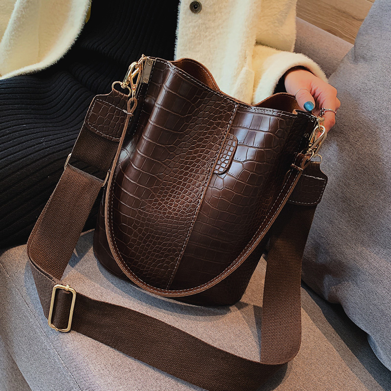 Image 4 - Vintage leather Stone Pattern Crossbody Bags For Women 2019 New Shoulder Bag Fashion Handbags and Purses Zipper Bucket Bags-in Shoulder Bags from Luggage & Bags