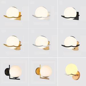 Image 2 - Moderne Glas Wand Lampe Mond Gold Schwarz Weiß Design Runde Indoor Nacht Lesen Lampe Montiert Nordic Holz Führte Wand Licht leuchte