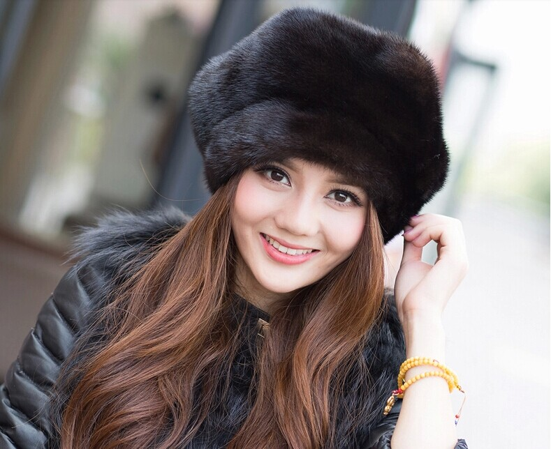 New Arrival 2017 100% High Quality Mink Fur Hat The Whole Skin Middle-aged And Old Casual Fashion Winter Cap For Women free shipping high quality new design 15 short curly wave blonde wigs for middle aged women with free cap