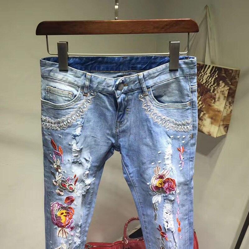 Nueva llegada verano moda 2017 Jeans con bordado flores estampado lápiz pantalones vaqueros de alta calidad Mujer Denim Delgado-in Pantalones vaqueros from Ropa de mujer    3