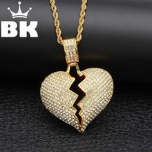f55df6f29926 Nuevo HipHop King helado Corazón Roto collar y Colgante con cadena  giratoria Color oro Bling Rhine stone hombres joyería de Hip .