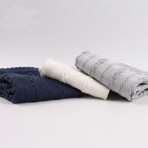 Image 5 - Veridical 5 paia/lotto calzini in cotone con dita delle donne ragazza pizzo solido cinque dita calzini Harajuku Sox fiocchi di neve Silicone antiscivolo