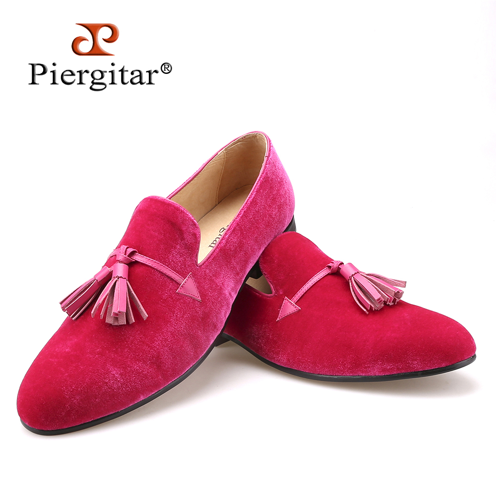 2015 New pink color men velvet shoes fashion leather tassel men loafers wedding and party shoes men's flat size6-14 freeshipping new style fashion men loafers gold embroidery handmade men velvet shoes party and wedding men s flat size us 6 14 freeshipping