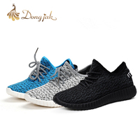 2017 New Arrival Man Woman Sports Shoes Running Shoes Sneakers Life Light Shirt Super Cool Outdoor
