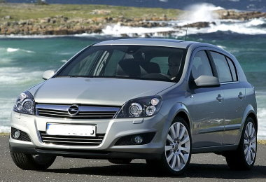 out-look-Opel-Astra-2010