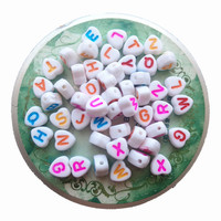 Wholesale Price 4*7MM Mixed A Z Love Heart Shape Flat Acrylic Plastic Alphabet Letter Beads for DIY knit Braelet Making
