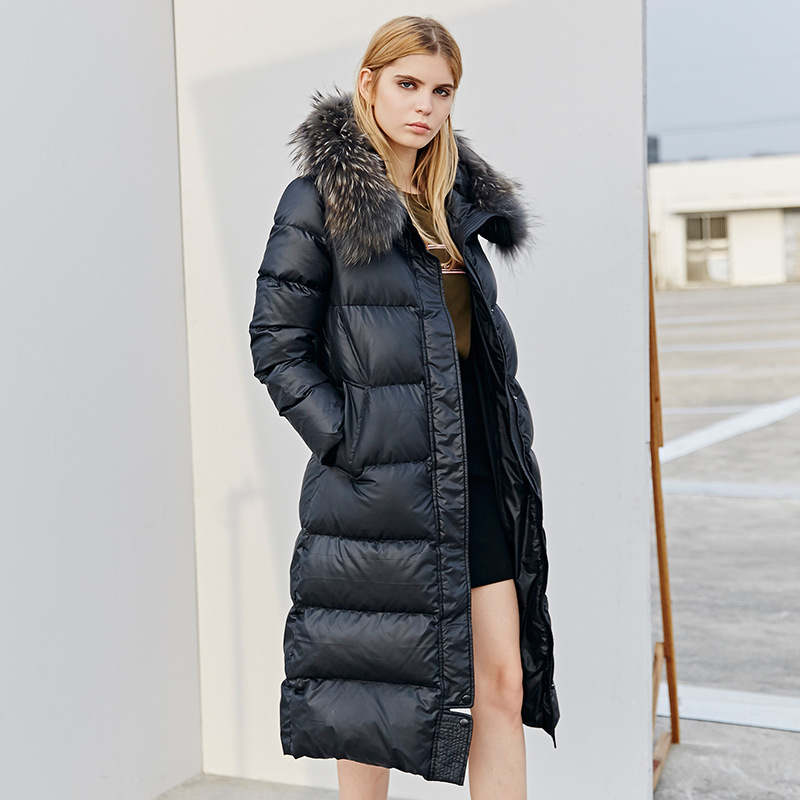 winter Europe and the United States Really raccoon fur collar Slim Was thin Long section Matte
