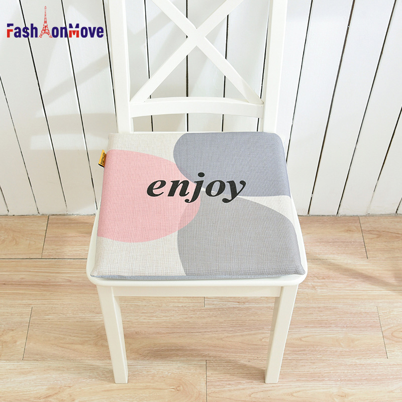 Hot Sale 40x40x4cm Circle Letter Printing Soft Comfort