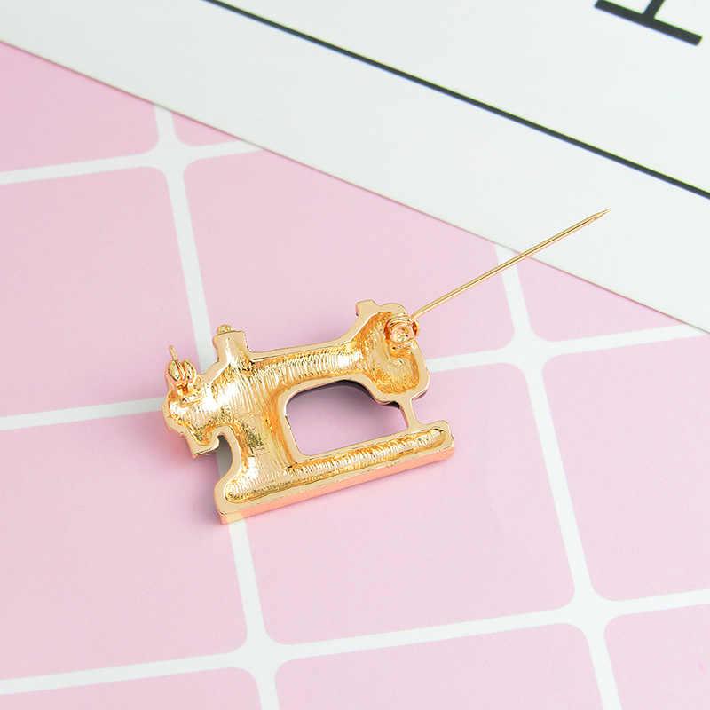 Qcooljly Lucu Mesin Jahit Bros Trendi Hitam Clolor Logam Bros Pin Pesona Perhiasan untuk Wanita Gadis Pesta Pernikahan