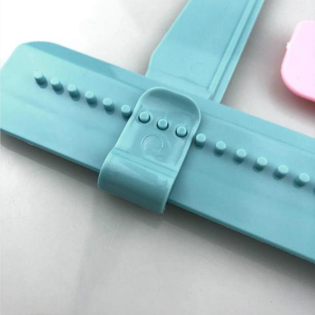 1PC Adjustable Cake Scraper Fondant Spatulas Cake Edge Smoother DIY Cream Decorating Turntables Stand Home Baking Tool
