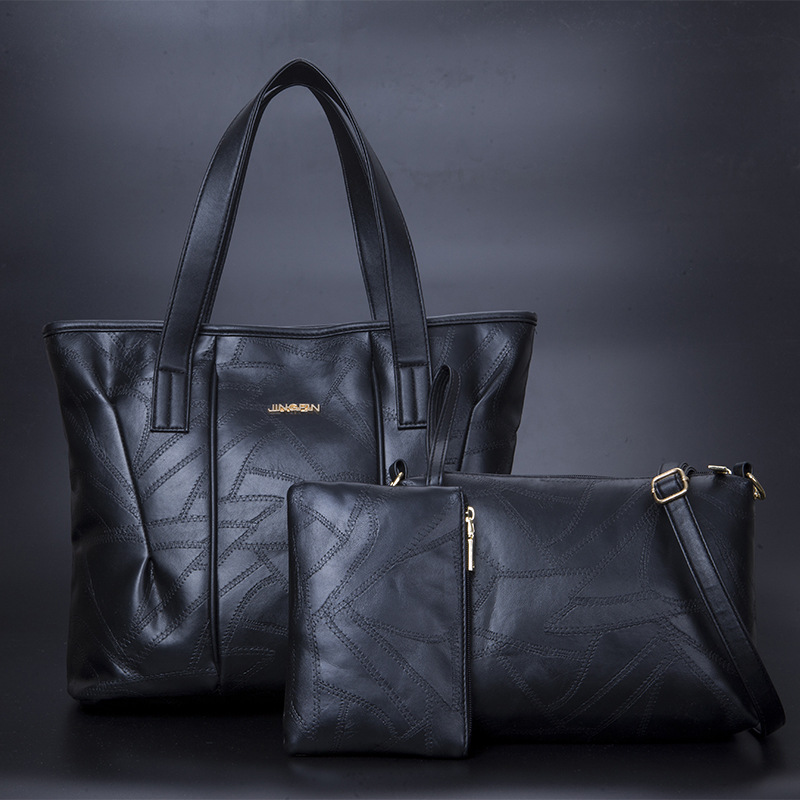 Medium-aged ladies'bags with oblique handbags and shoulder bags New style of ladies' stitching sheepskin pattern bags in 2019