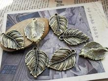 Free Shipping Ancient Bronze Leaf Ornaments Size 21*30mm  Diy Jewelry Pendant