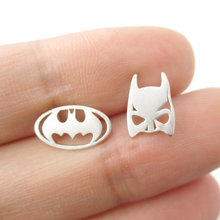 Dropshipping Top Selling Batman Themed Bat Mask and Logo Shaped Stud Earrings in Silver DC Comics Super Heroes Themed Jewelry