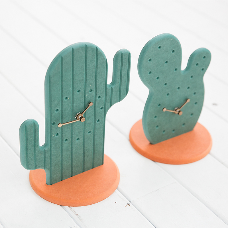 Creative Desert Cactus Shaped Living Room Desktop table clock Fashion home decor plant clock