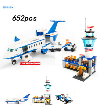 City international airport building block Boeing jumbo 747 plane model passenger figures airplane brick educational toys for kid